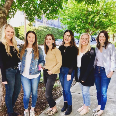 The Oasis office stands united in denim today #NationalDenimDay